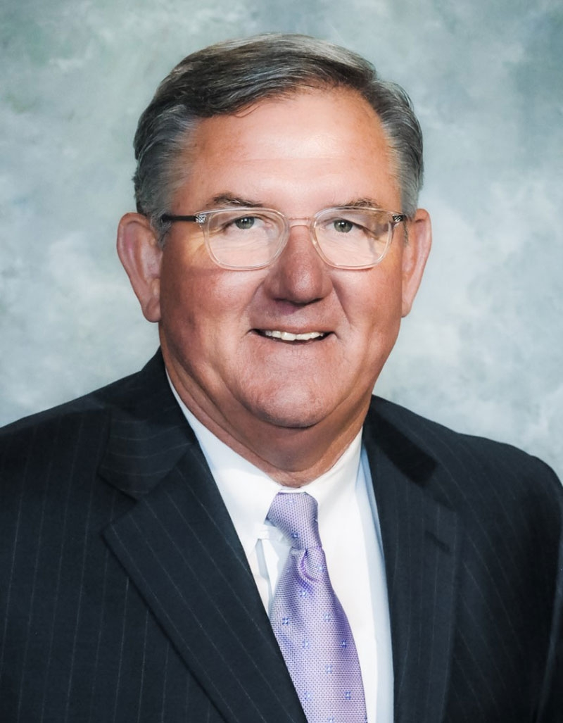 Dr. Craig Pouncey headshot